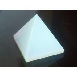 Piramide di cristallo...